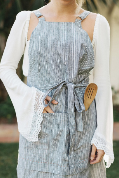 skxscf-striped-linen-apron